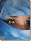 jilbab_MATA-httppesatnews.com20100425internasionalpakai-jilbab-di-tempat-umum-wanita-prancis-didenda